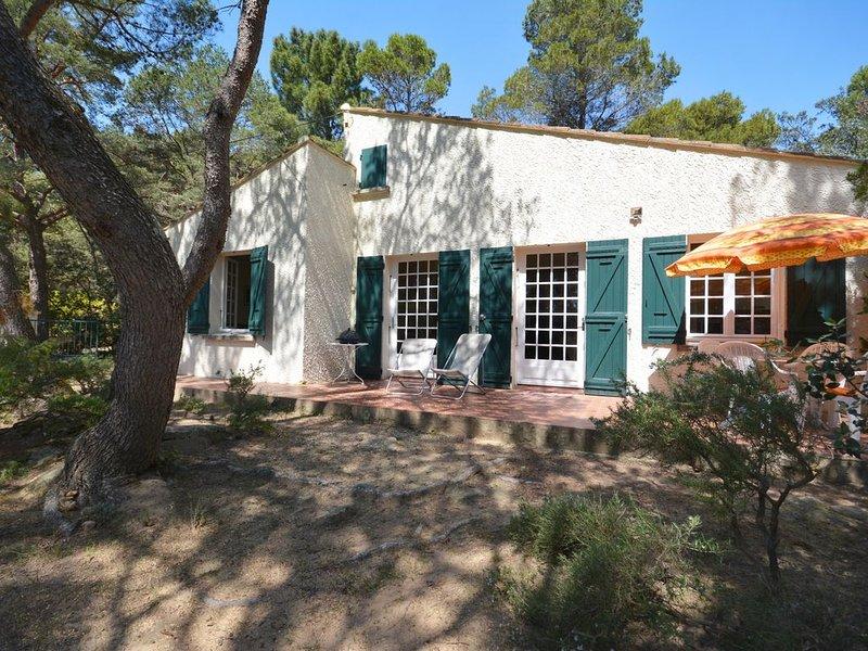 Jolie maison de vacance au milieu d'une pinède., vacation rental in Mondragon