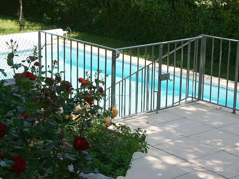 Magnifique endroit pour se ressourser, holiday rental in Bollene