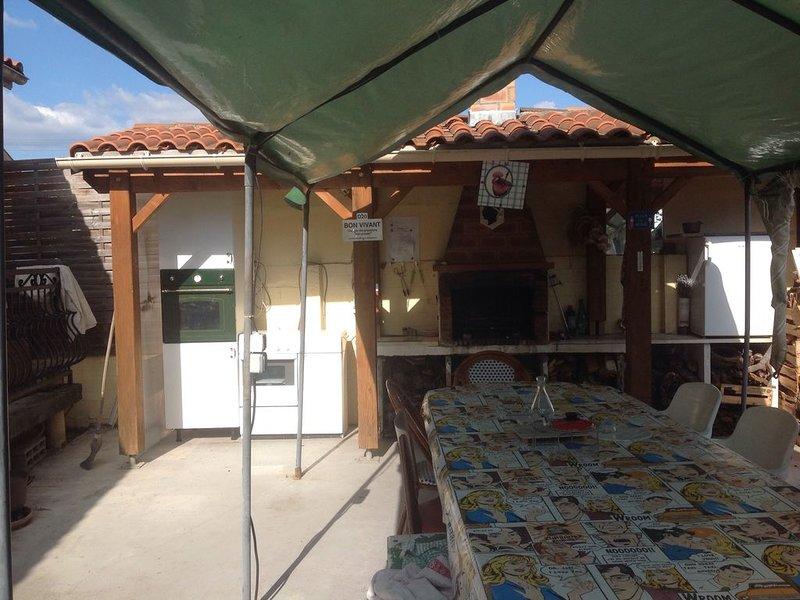 Loue Joli petit appartement chez l'habitant en toute convivialité, holiday rental in Creysse