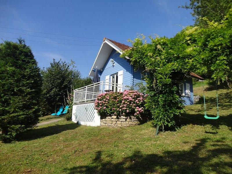 Gîte de France n°25G60, 3 épis, classé 'gîte de pêche' , 2 personnes, WIFI, holiday rental in Sancey-le-Grand