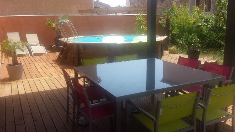 MAISON INDIVIDUELLE AVEC PISCINE BOIS, location de vacances à Pierrefeu-du-Var