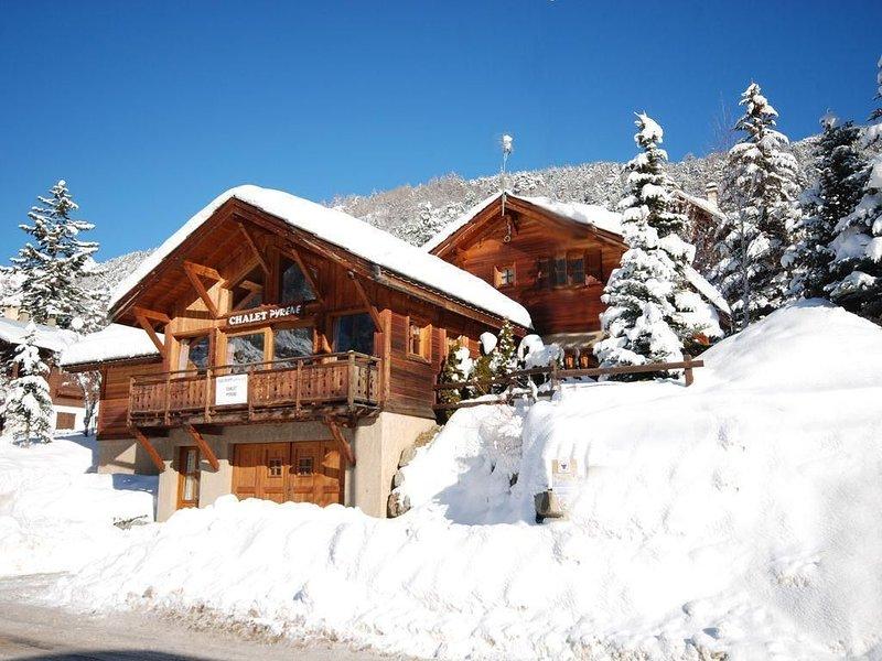 Besoin d'air ?! Au coeur de Serre Chevalier, Le Serre Pyrene vous accueille, holiday rental in La Salle les Alpes