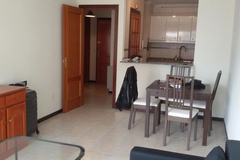Appartement meublé , NIGRAN/ PLAYA AMERICA, location de vacances à A Ramallosa