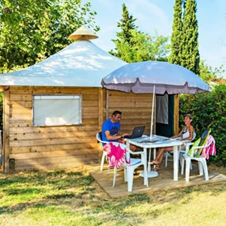 Camping Lou Pantaï*** - Simply Lodge 3 Pièces 4 Personnes, vacation rental in Le Pradet