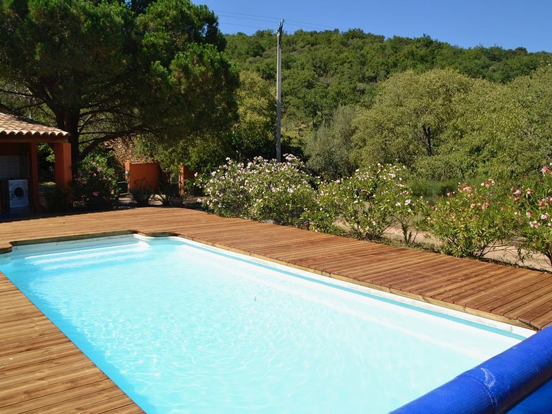 Gite en pleine nature entre mer et montagne, holiday rental in Ille-sur-Tet