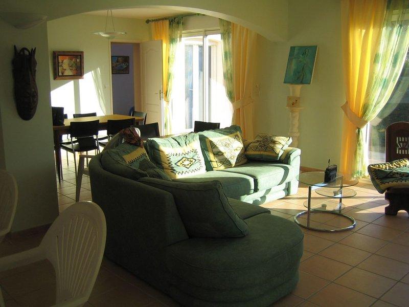 Pour des vacances agréables et enrichissantes entre mer et montagne, vacation rental in Villeneuve les Beziers