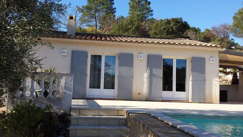 Superbe villa de plein pied dans le sud de la France, location de vacances à Vidauban