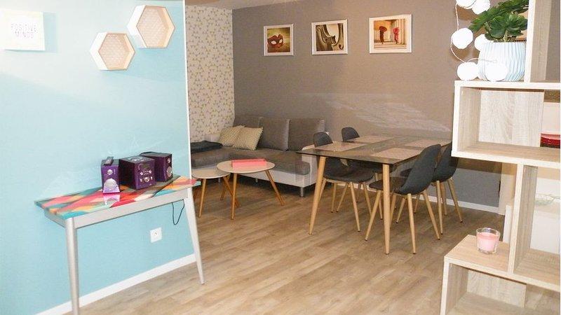 Meublé classé 3 étoiles en RDC, pour 2 personnes, peut accueillir 4 personnes., vacation rental in Nauviale