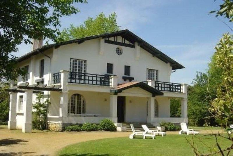 Grande maison de famille dans les landes, holiday rental in Angresse