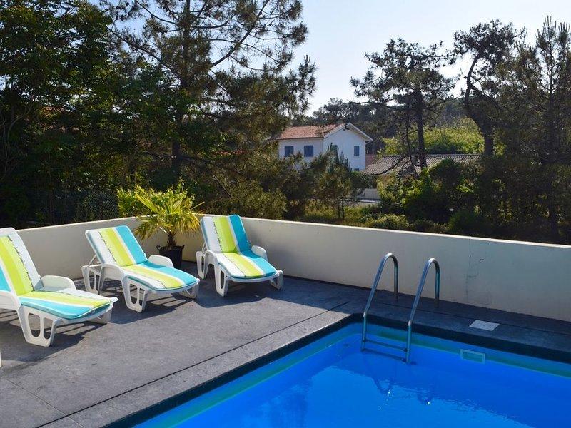 Vacances été/hiver Hourtin-Plage, 350m de la plage, piscine, 6/8 pers, holiday rental in Saint Isidore