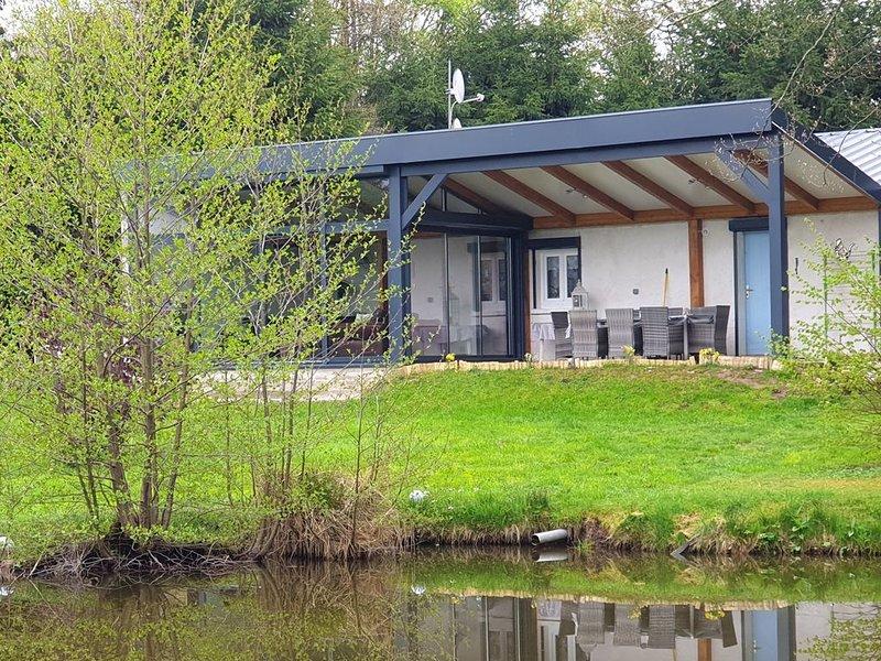 maison avec etang, vue montagne, alquiler vacacional en Bruyeres