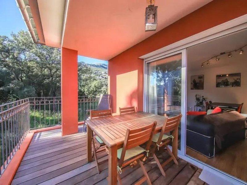 Apaisant appartement 2/4 pers au cœur d'Erbalunga, holiday rental in Marine de Pietracorbara