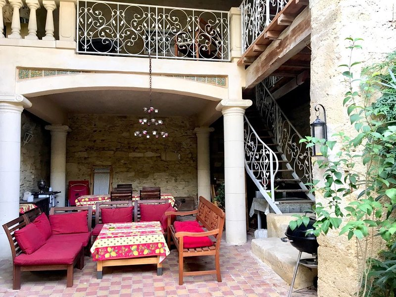 ❤️ Jolie maison pleine de charme ❤️, vacation rental in Franquevaux