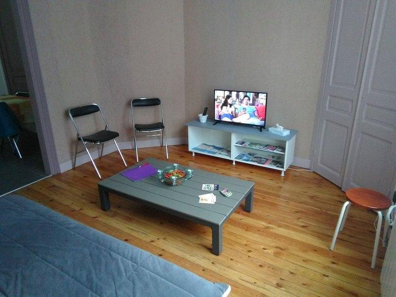 Gîte de 2 à 8 couchages à Saint Pol/mer, holiday rental in Zegerscappel