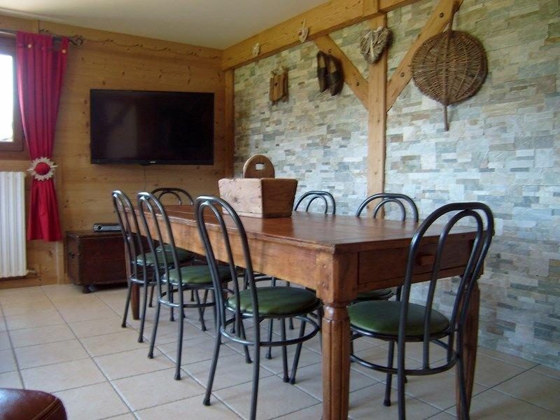 Appartement 8 personnes/ 100 m²/ 3 chambres à 80 m des pistes situé au Cernix, holiday rental in Crest-Voland