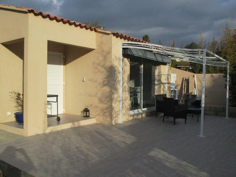 Pavillon à la semaine pour 4 personnes, location de vacances à Sanary-sur-Mer