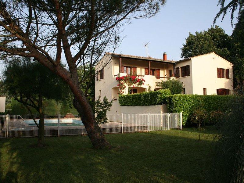 Location Saisonnière, holiday rental in Saint-Privat-des-Vieux