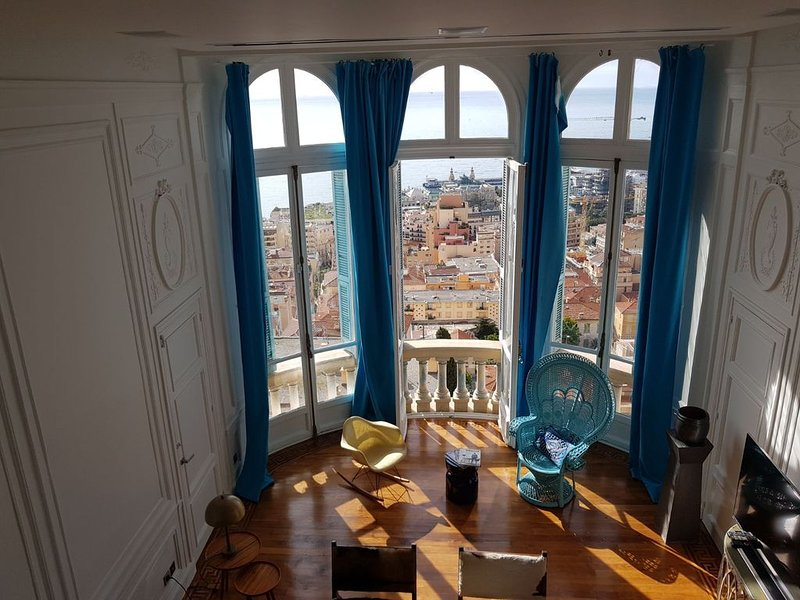 Luxury Riviera Palace - 180° Sea & Monaco view, holiday rental in Beausoleil