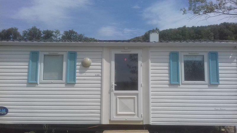 Mobil Home 6 Places: Un havre de paix au coeur de l'Ariège, alquiler vacacional en Belesta