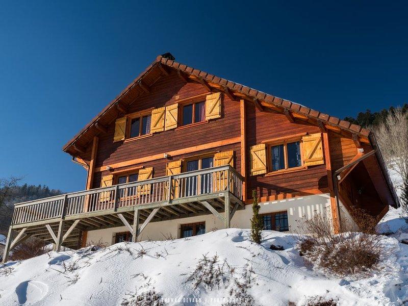 LE MONTAGNARD DES HAUTES-VOSGES  -  2 minutes des pistes, Jaccuzi et Sauna, holiday rental in Wildenstein