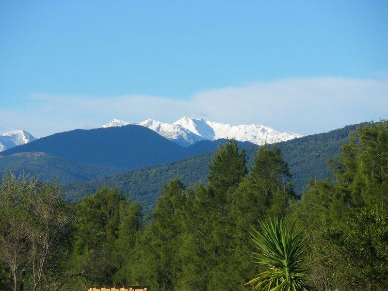 VILLA 10mn de la mer et proche montagne, holiday rental in Aghione