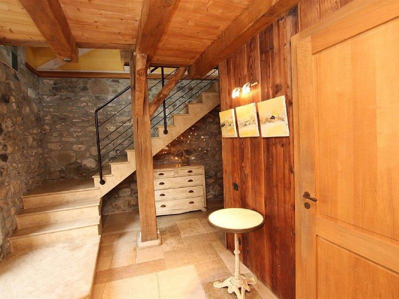 Habitation indépendante dans propriété au coeur du village d'Amancy - 74800, vacation rental in Bonneville