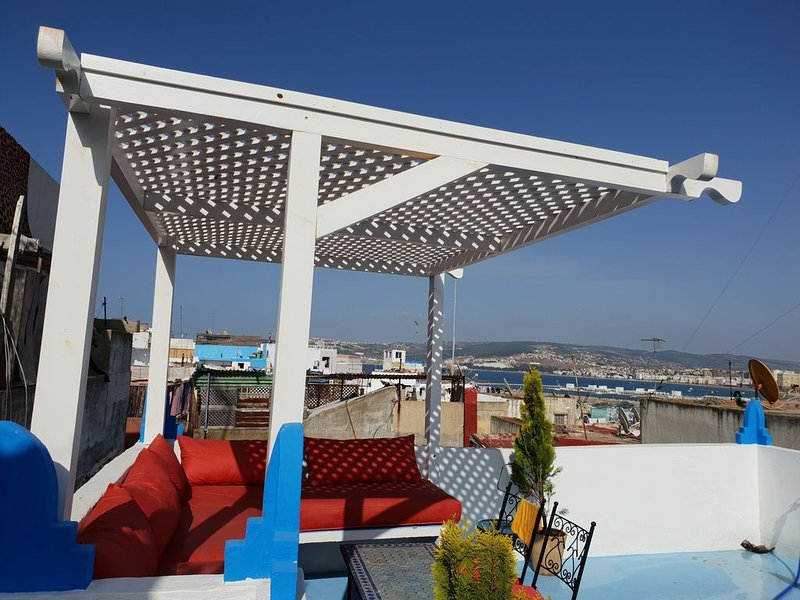 MAISON TRADITIONNELLE KASBAH DE TANGER, holiday rental in Tangier
