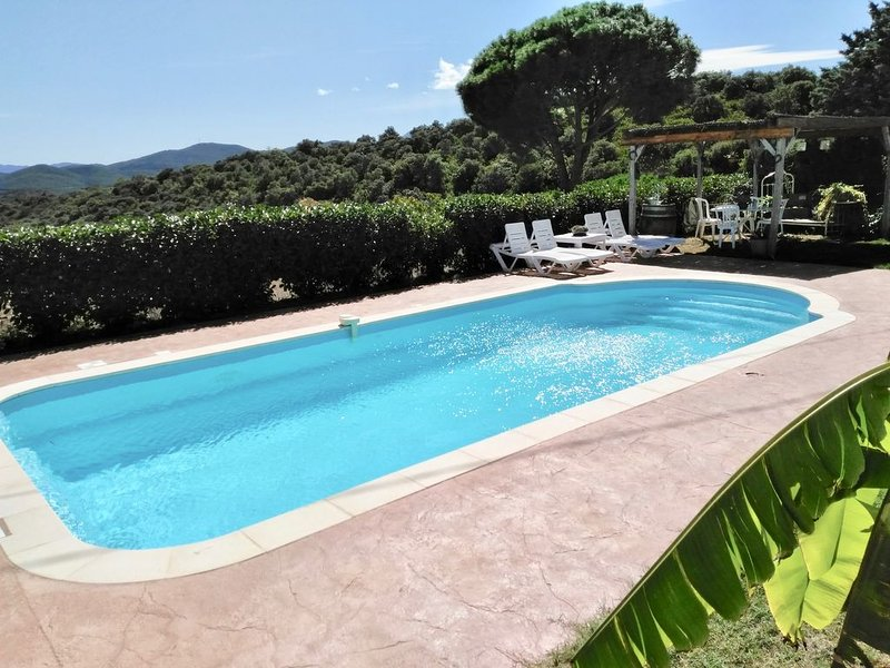 MAS CATALAN AVEC PISCINE, vacation rental in Torderes