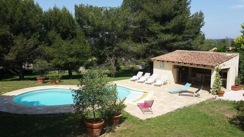 Belle villa avec piscine, location de vacances à Port-de-Bouc
