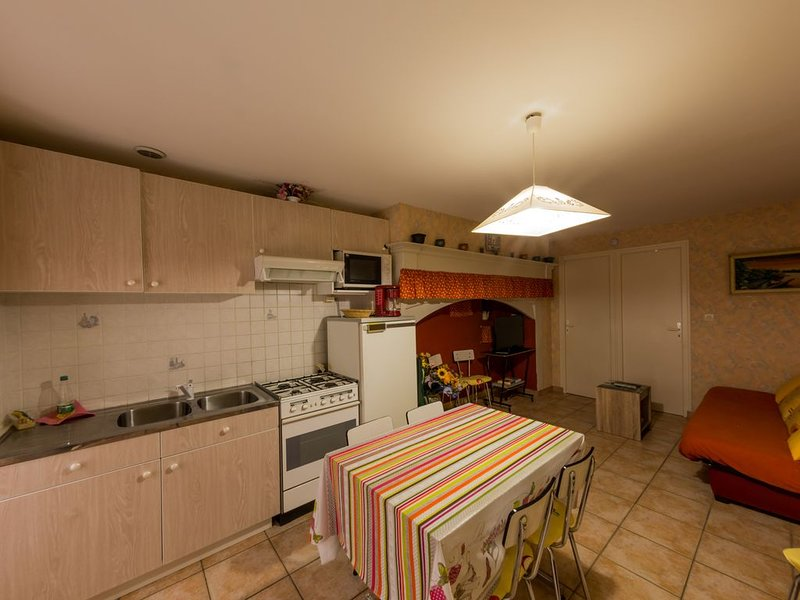 T3 la bourboule -----, holiday rental in Tauves