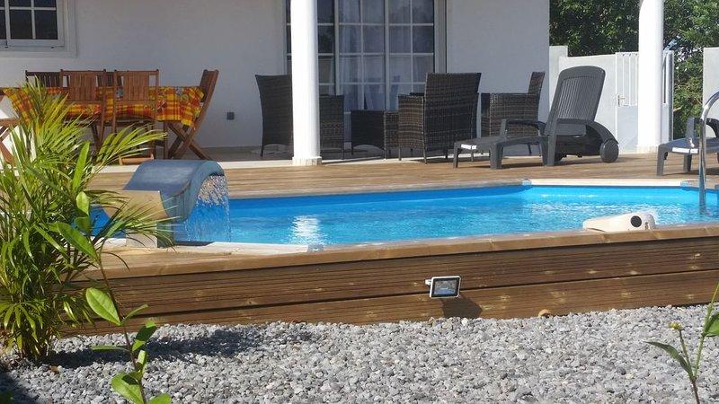 VILLA TOUT CONFORT CALME ET PAISIBLE, location de vacances à Capesterre-Belle-Eau