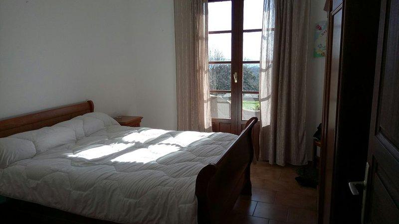 Maison familiale entre mer et montagne, location de vacances à Santa-Maria-Poggio