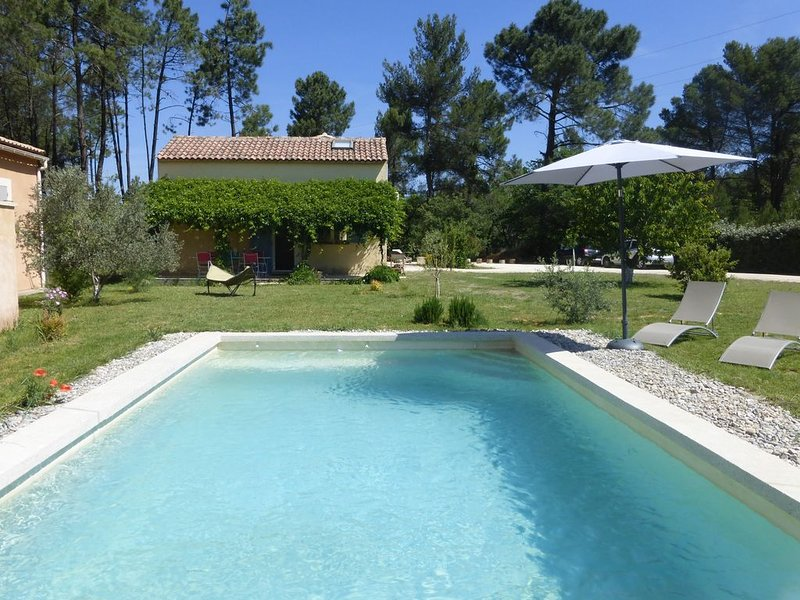 Le Cabanon en Luberon, vacation rental in Gargas