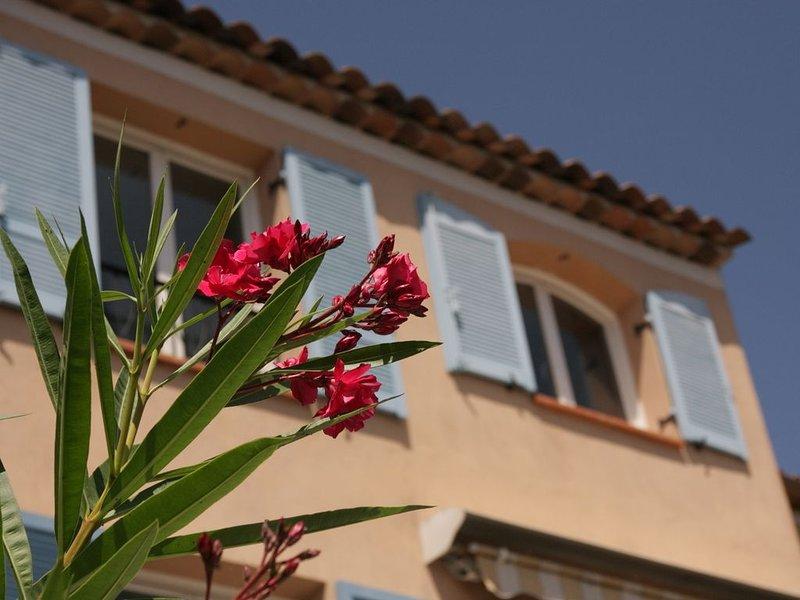 Nouveau ! Maison récente 4-5 personnes dans une résidence familiale – semesterbostad i Mandelieu-la-Napoule