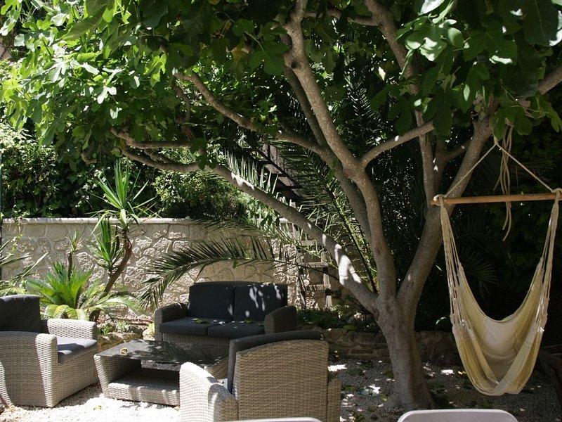Under fikonträdet