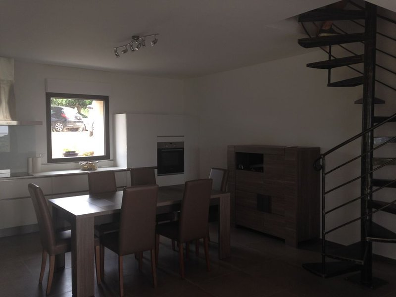 LOCATION MAISON RENOVEE, holiday rental in Cuttoli-Corticchiato