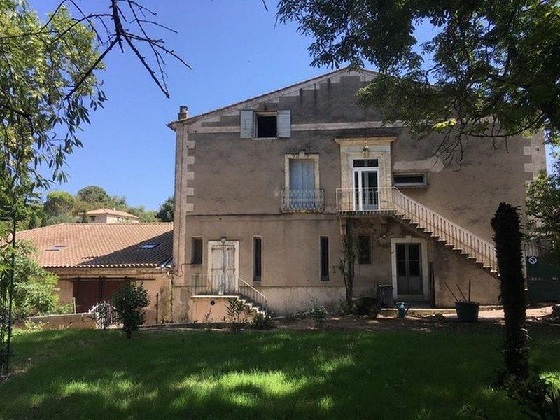 Loft au 1er étage d' une très belle vigneronne, vacation rental in Usclas-d'Herault