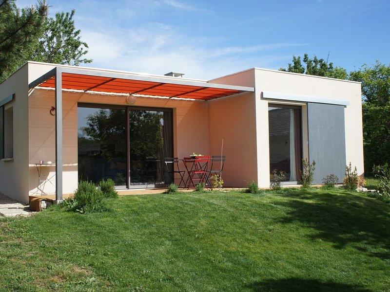 Le Cube des Garrigues - nature, calme et sérénité, aluguéis de temporada em Brouzet-les-Ales