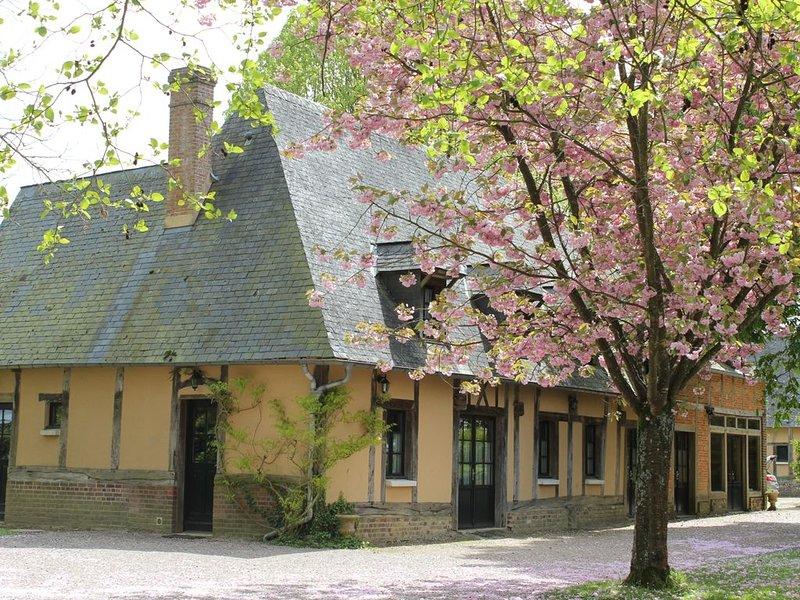 Une maison de campagne confortable dans un parc à l'anglaise, location de vacances à Montroty
