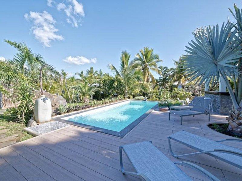 Villa plain-pied  av piscine chauffée dans jardin tropical à St-Gilles les Bains, location de vacances à Arrondissement de Saint-Paul