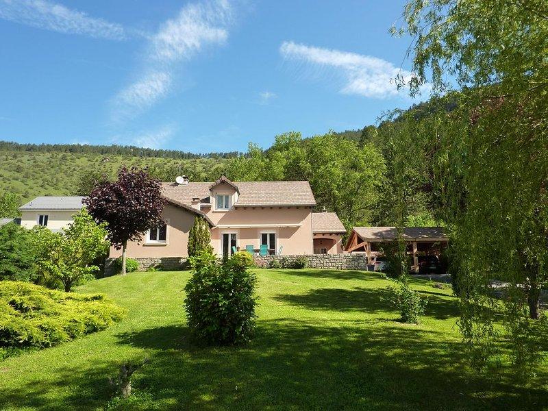 Le parc des Combes gite classé 4 épis .Villa au calme en pleine nature, alquiler vacacional en Lozere