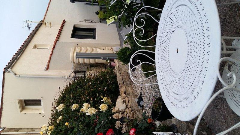 LYSOUNETTE    MAISON GITE DE PASSAGE OU DE SEJOUR, vacation rental in Nuaille d'Aunis