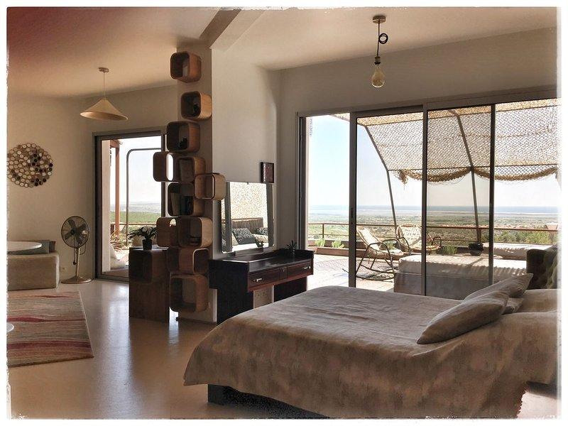 Loft avec vue sublime, entre mer et Corbières, vacation rental in Opoul-Perillos