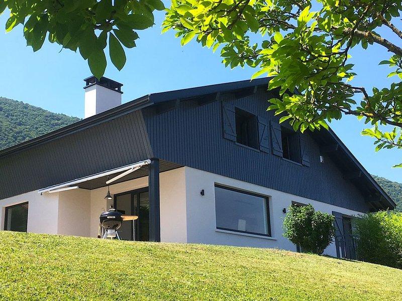Lac d'Annecy - Sévrier - maison individuelle avec piscine - 6 personnes, location de vacances à Quintal