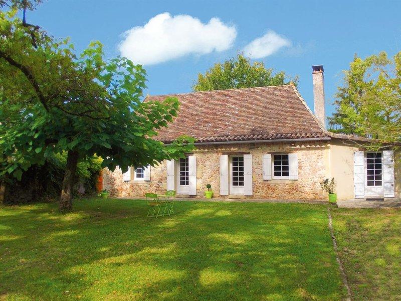 Perigourdine en pierre avec piscine privée, WIFI, entre Bergerac et St Emilion, holiday rental in Saint-Remy
