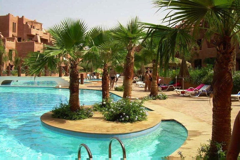 Residence de luxe: superbe 2 pieces, richesse de l'artisanat et confort moderne, holiday rental in Lagouassem