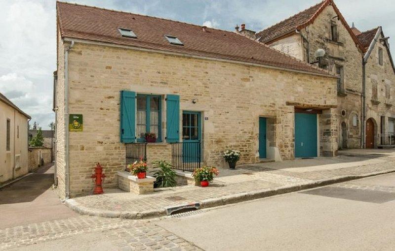 GITE 4 EPIS DU MARIUS, holiday rental in Cruzy-le-Chatel