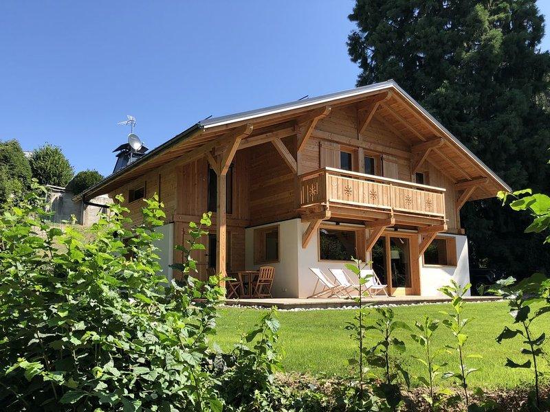 St GERVAIS Chalet Neuf  Prestige - Jardin - 300m du centre,  proche télécabines., location de vacances à Saint-Gervais-les-Bains