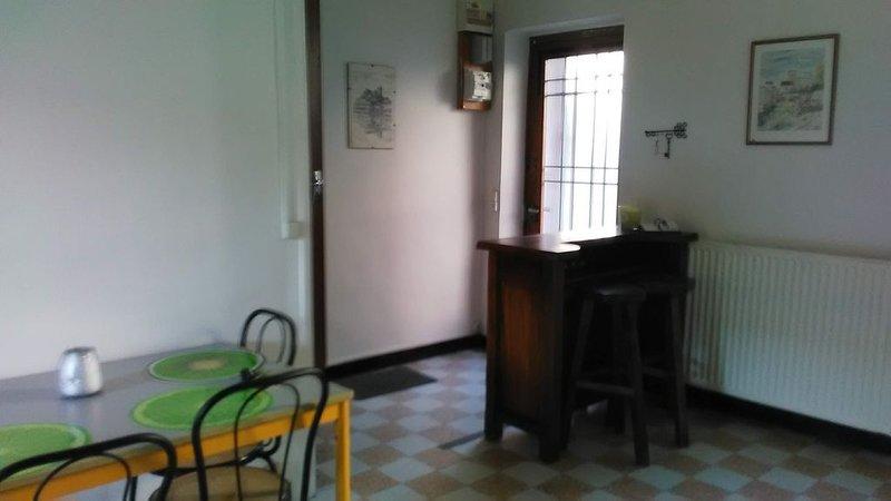 Jolie Maison de Potier, location de vacances à Arcy-sur-Cure