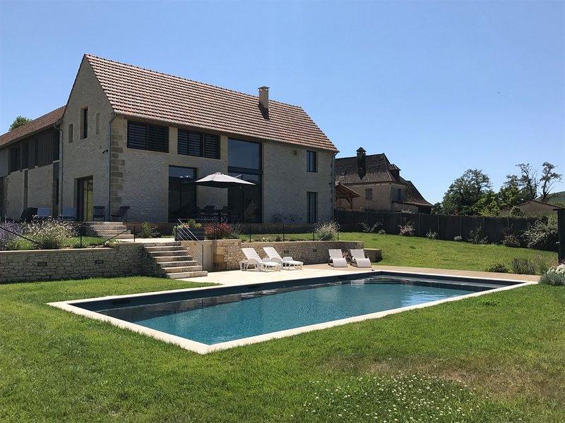 Logis de Marqueyssac - Périgord Noir - au coeur de la Vallée des 5 Châteaux, holiday rental in Vezac